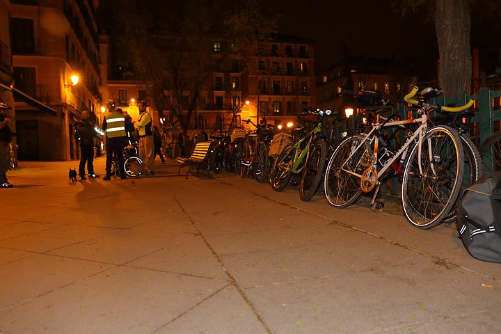 Plaza del Dos de Mayo llena de bicis en VivaBicicletas