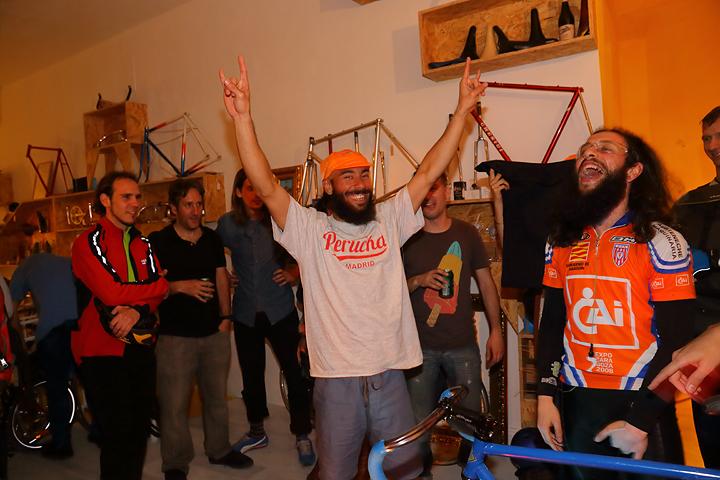Winner VivaBicicletas Madrid Godlsprints carreras rodillos